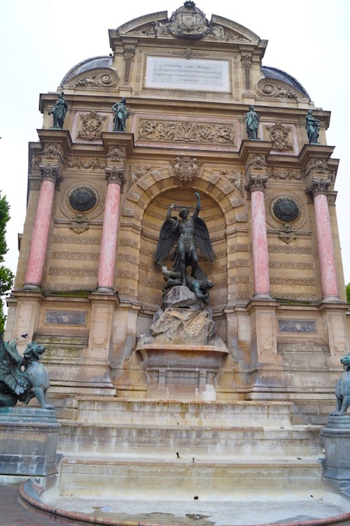 Fontaine St Michel One Amazing Day in Paris
