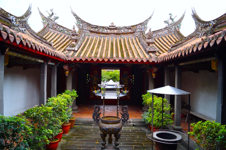 Yinshan Temple Tamsui Top tourist attractions