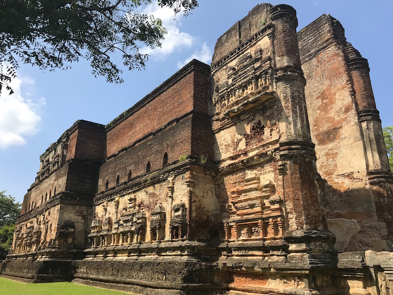 Lankatilaka Polonnaruwa Anicent City Highlights