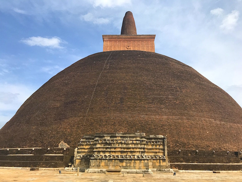 Abhayagiri Dagoba Anuradhapura Great places to see