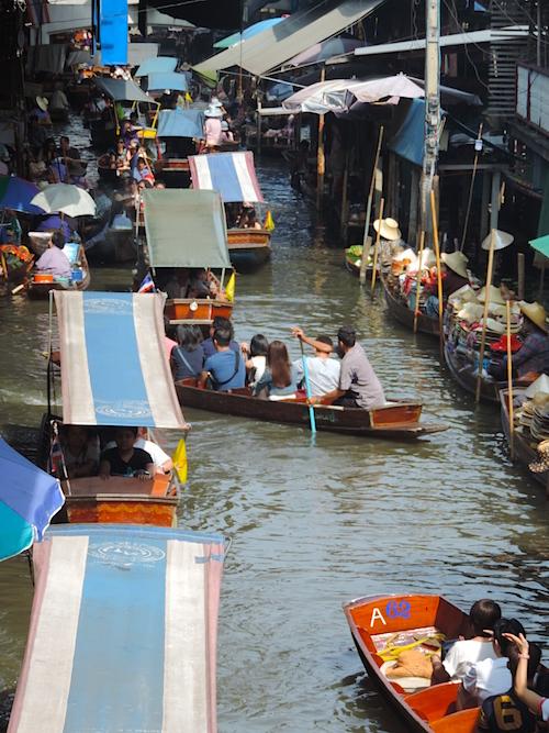 Schwimmender Markt