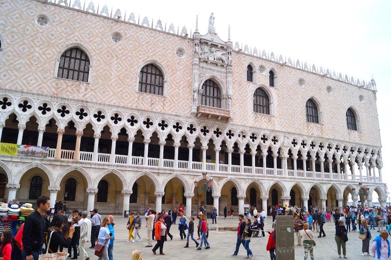 Piazza San Marco Venedig