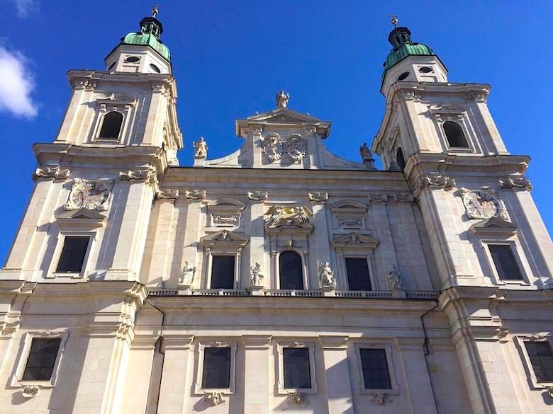 Domplatz Salzburg Österreich
