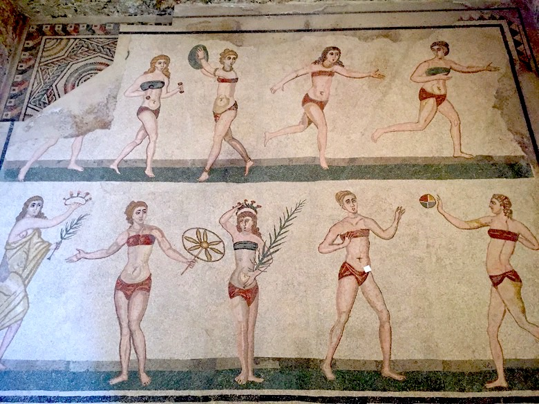 Mosaik der Mädchen im Bikini Villa Romana del Casale Highlights