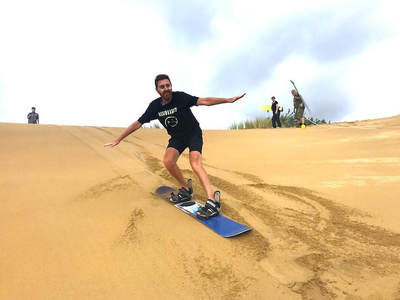 Sandboarden Dragon Dune Garden Route Südafrika Highlights
