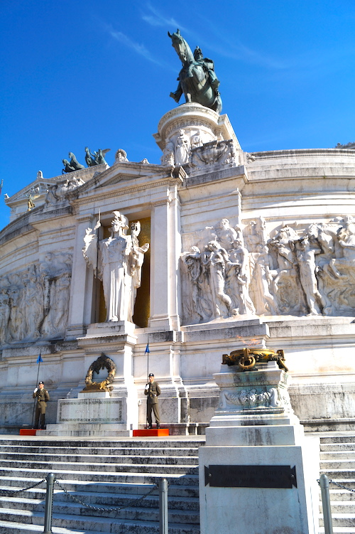Vittoriano Top 10 things to see in Rome